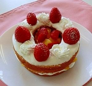 バームクーヘンで♪いちごのクリスマスケーキ