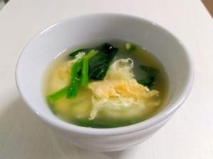 我が家の定番☆ほうれん草と卵のコンソメスープ