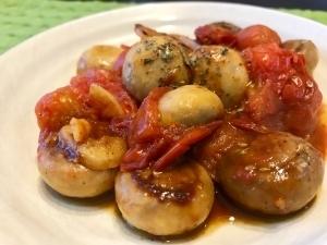 マッシュルームとミニトマトのガーリック炒め