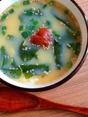 熱湯を注ぐだけ!ダイエットにお夜食に!簡単卵雑炊