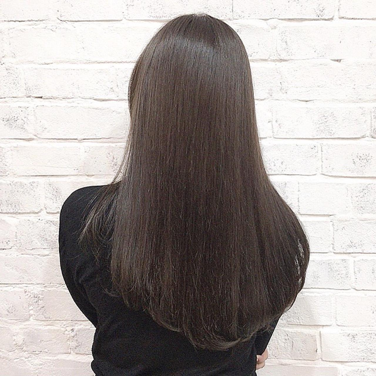 ①髪の毛が傷む