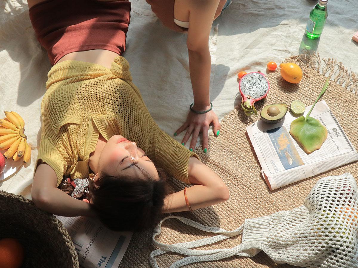 ガード堅め女子はチラリズムBAGで夏を征せ