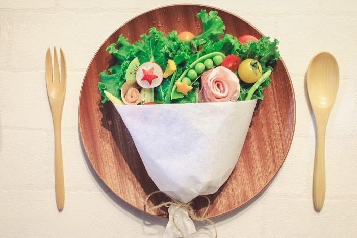 """4:ご飯を食べる時はとびきりの笑顔で""""美味しそ〜♡""""を"""