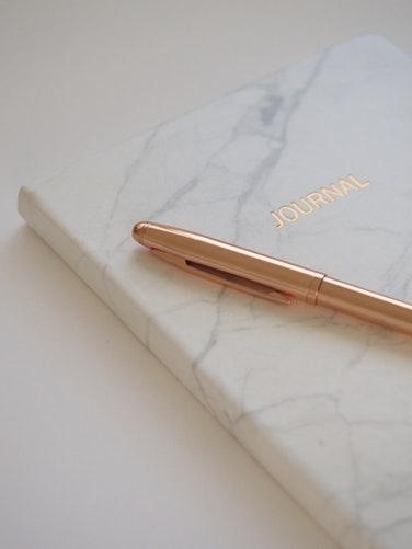 必要なのは手帳とペンだけ
