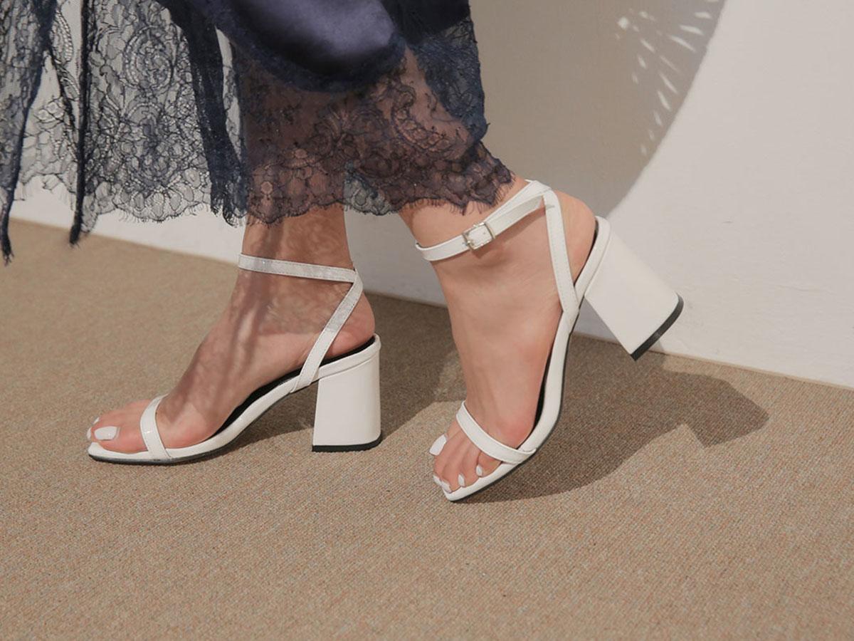 ◇足や靴の滑りをよくする