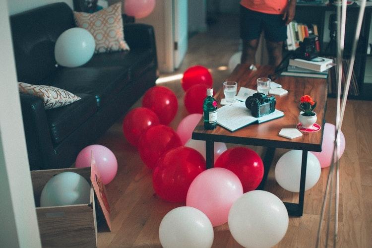 友達の家に集まった時はいつも〇〇パーティー