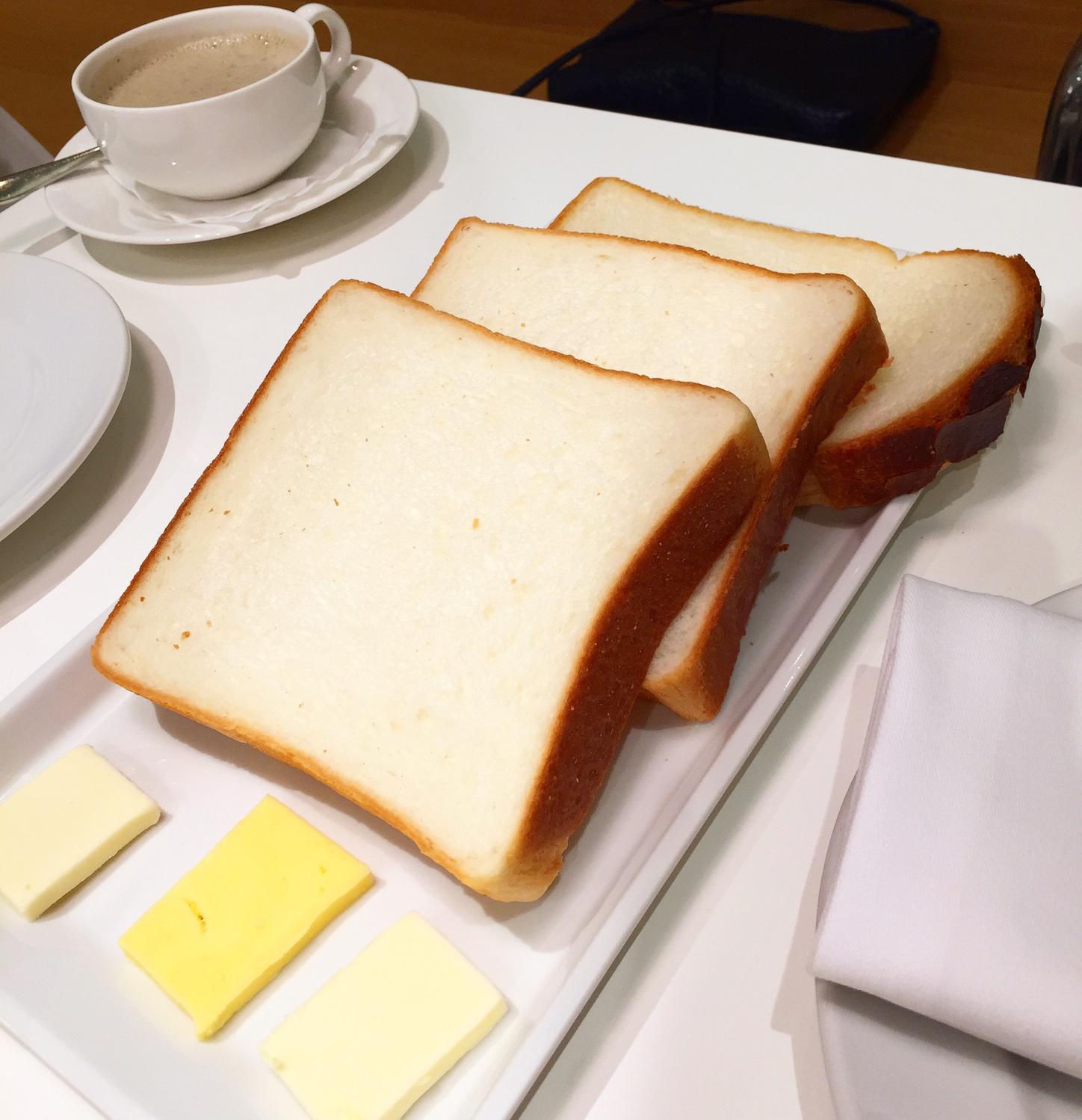 余るあるある(4)食パン