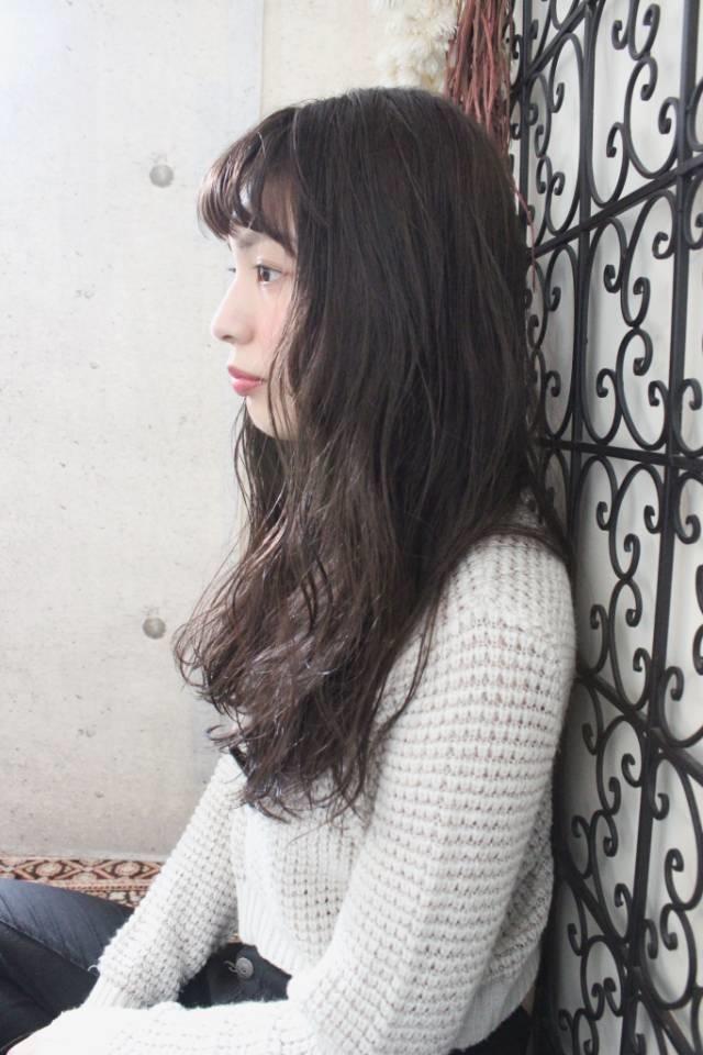 日本人のヘアスタイルの特徴▷