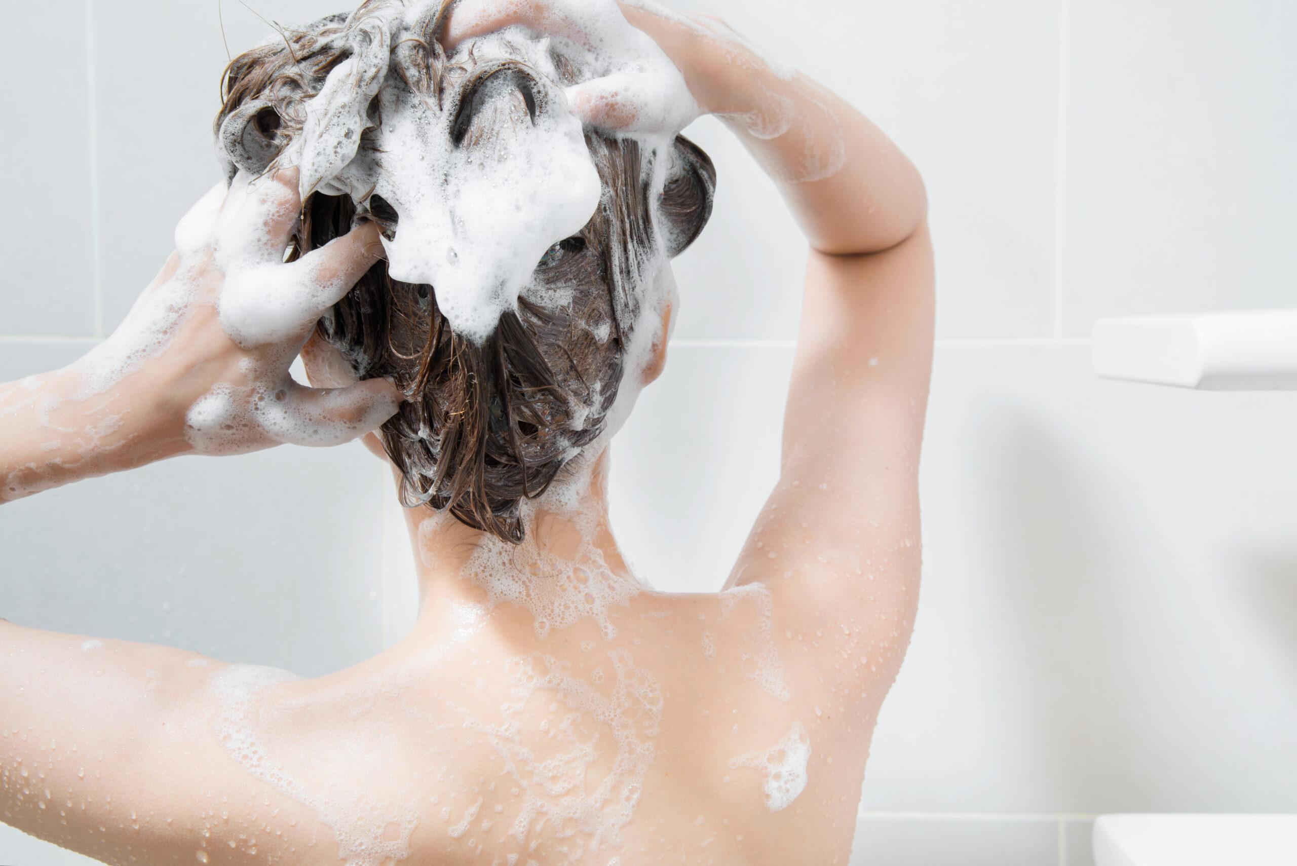 04_髪の毛&身体を洗う