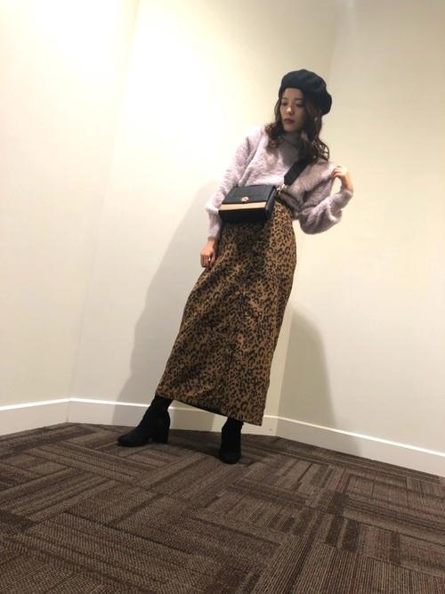 トレンドのヒョウ柄スカートで差をつけて♡