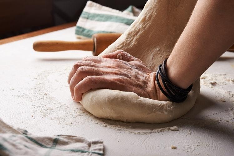 パン作りにトライ