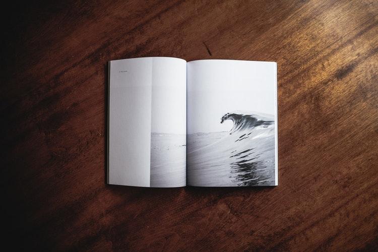 __本を読む