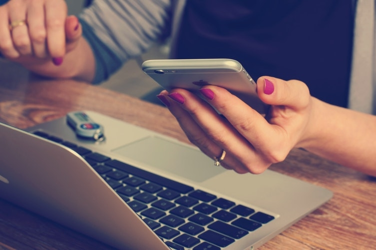 スマホやパソコンを使う現代人の日常にアリ?