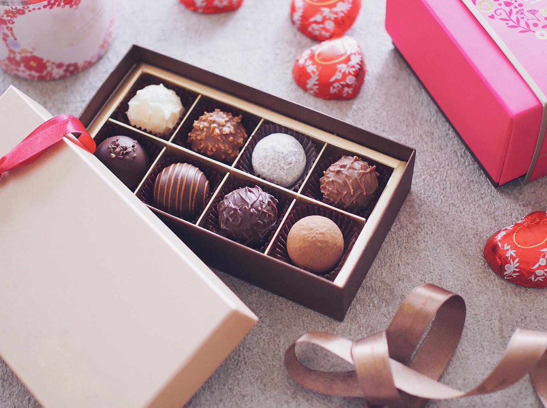 (♡)義理チョコ+αで渡す