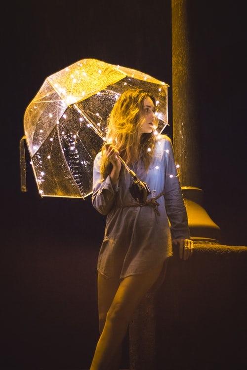 ロマンチックな雨の日デート