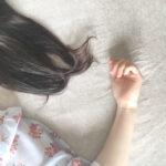 """""""眠り姫""""とは程遠いです、わたし。お泊りの時に困る!寝顔ブスを解決する対処法"""