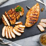 ガッツリ食べたいのはダイエット中でも一緒。低カロリー高タンパク質おすすめ食材3つ