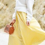 私を乙女にするロングスカート。ずっと着回せる素材、色、季節別コーデ