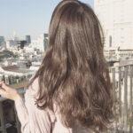 髪を切りたくなったらこれを見て。さらっと綺麗な髪にときめくロングヘアの魅力