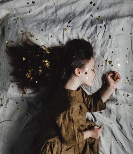 寝ることで得られる美容メリットに注目。睡眠こそが美人に近づくための近道だった♡