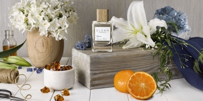 石鹸の香りの定番『CLEAN』から、シトラスとフローラルの新作パフュームが登場