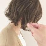 カレの指が触れて「可愛い…!」の自爆。耳かけ求めるワタシの下ろし髪スタイル