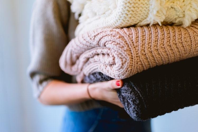 「また私は」って落ち込まないで。伸びてしまったセーターを元に戻すmethod