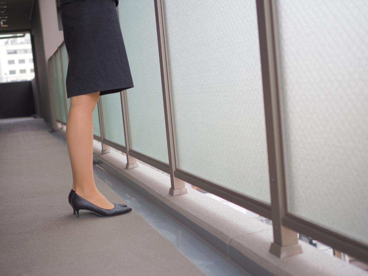 就活女子に捧ぐ。足が痛いの痛いの飛んでいけ〜歩きやすいパンプス選びをしましょ