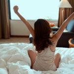 """朝からストレスなんて感じたくない!""""爆音目覚まし時計のない生活""""で快適な起床を"""