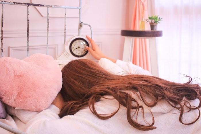 まずはたんまり寝る