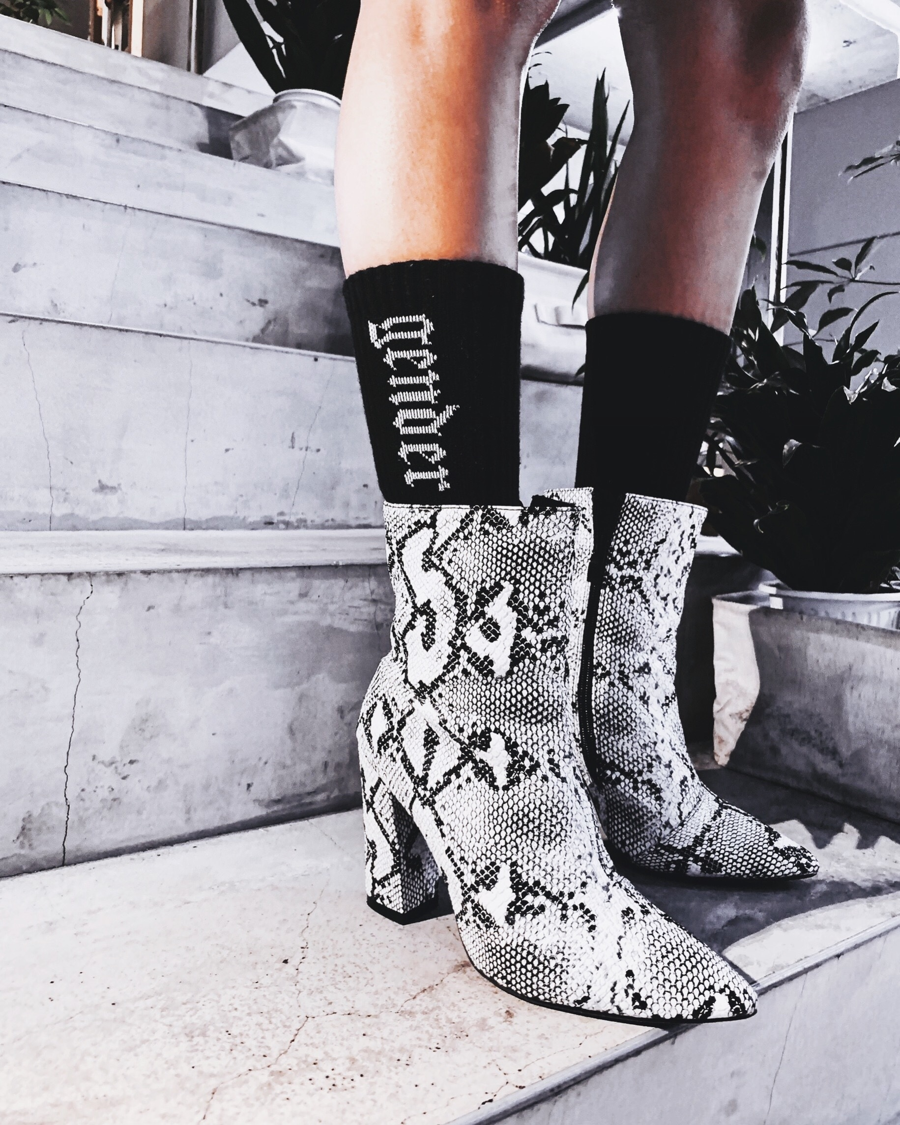 |BOOTS|