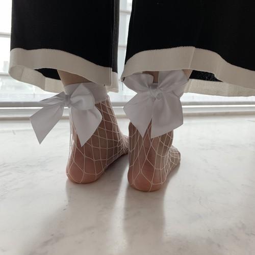 Ribbon lace socks