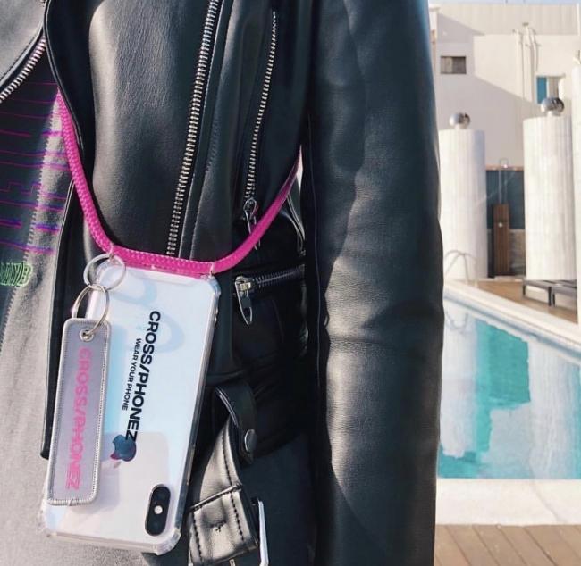 オーランド・ブルームも愛用♡iPhoneケース『CROSS/PHONEZ』日本初上陸