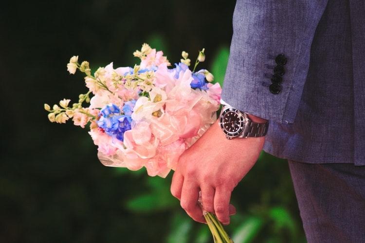 【転勤→遠距離恋愛】もし会社勤めの彼から「遠距離」を告げられたら心がけたいこと
