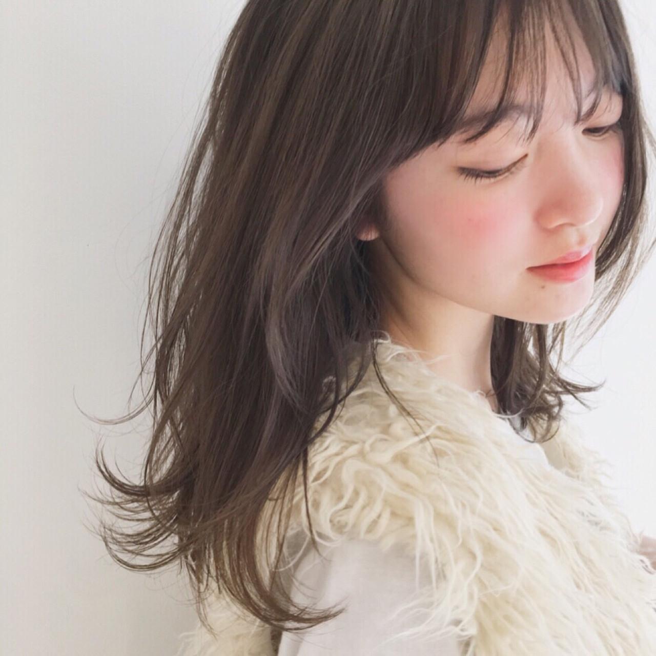 前髪ありスタイル
