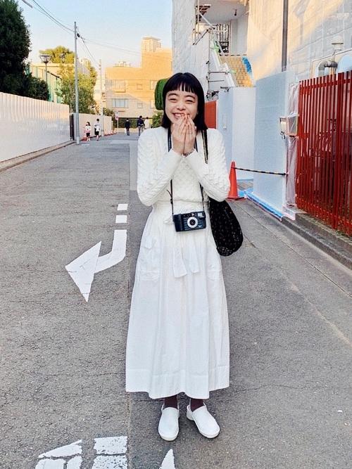 可愛らしく見せてくれるシフォンスカート