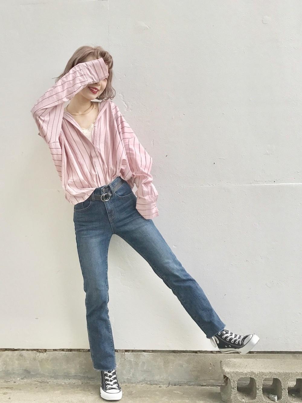 ストライプピンクシャツ×デニム