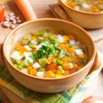 通称'毒出しスープ'で体質改善。ダイエットに取り入れたいデトックススープとは?