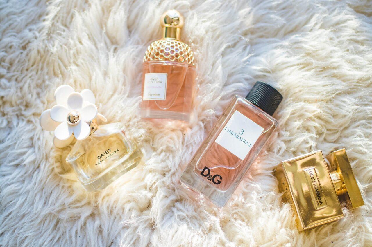 香りを気軽に試したい。毎月香水を楽しめる新サービス「SCENTPICK」が登場♡