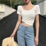 「白T×デニム」だけでお洒落な理由は明白。シンプル服が似合う'映え体型'を目指せ