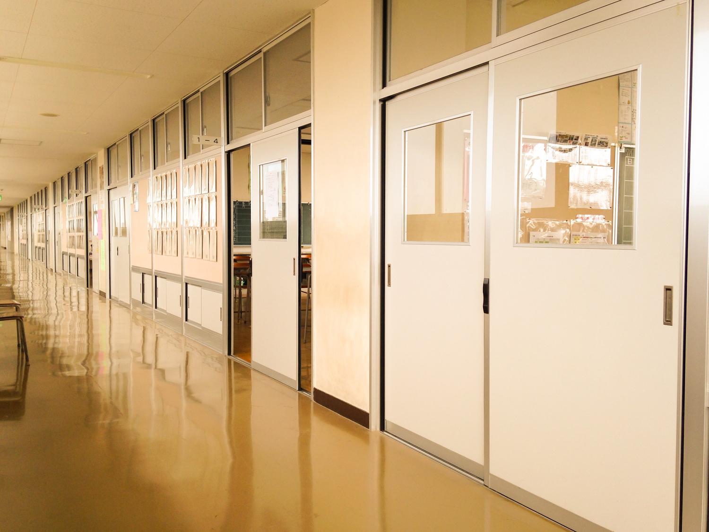 3:目が合う率高めなドキドキの廊下