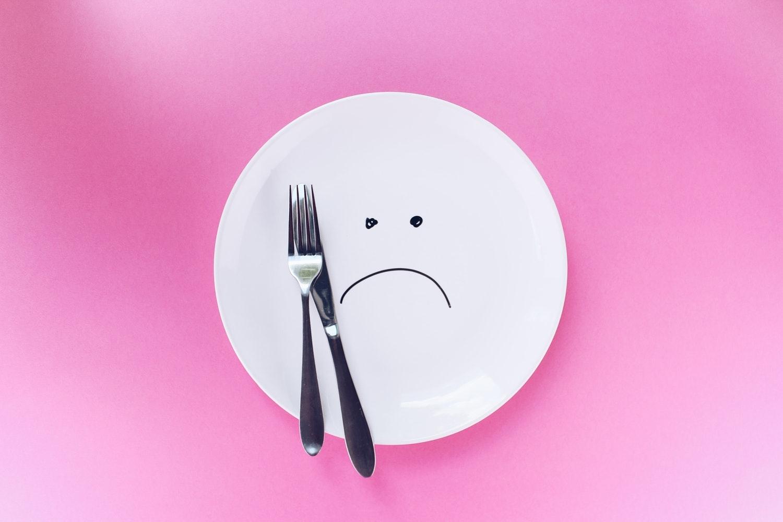 「ダイエットしなきゃ…。」