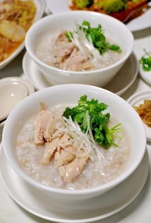 三十雑穀で作る鶏がゆ