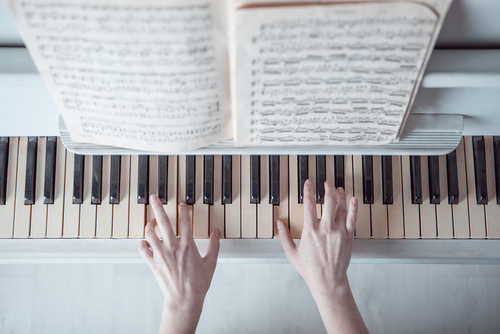 爪が伸ばせない、すぐに剥げちゃうetc…ピアノ弾きさんのネイルのお悩み解消法