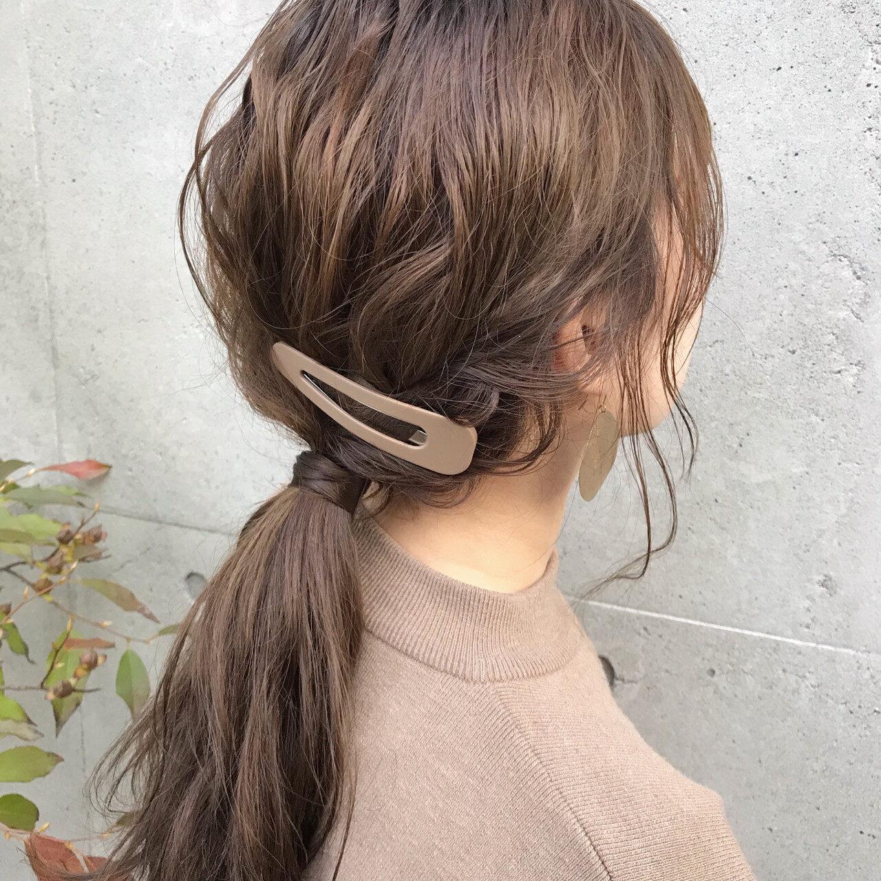 春の風に翻弄されて、ボサボサ髪に。風が強い日も可憐をkeep【簡単まとめヘア】