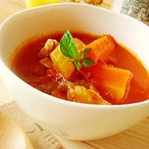 身体に優しい野菜たっぷり♪チキン&ベジタブルスープ
