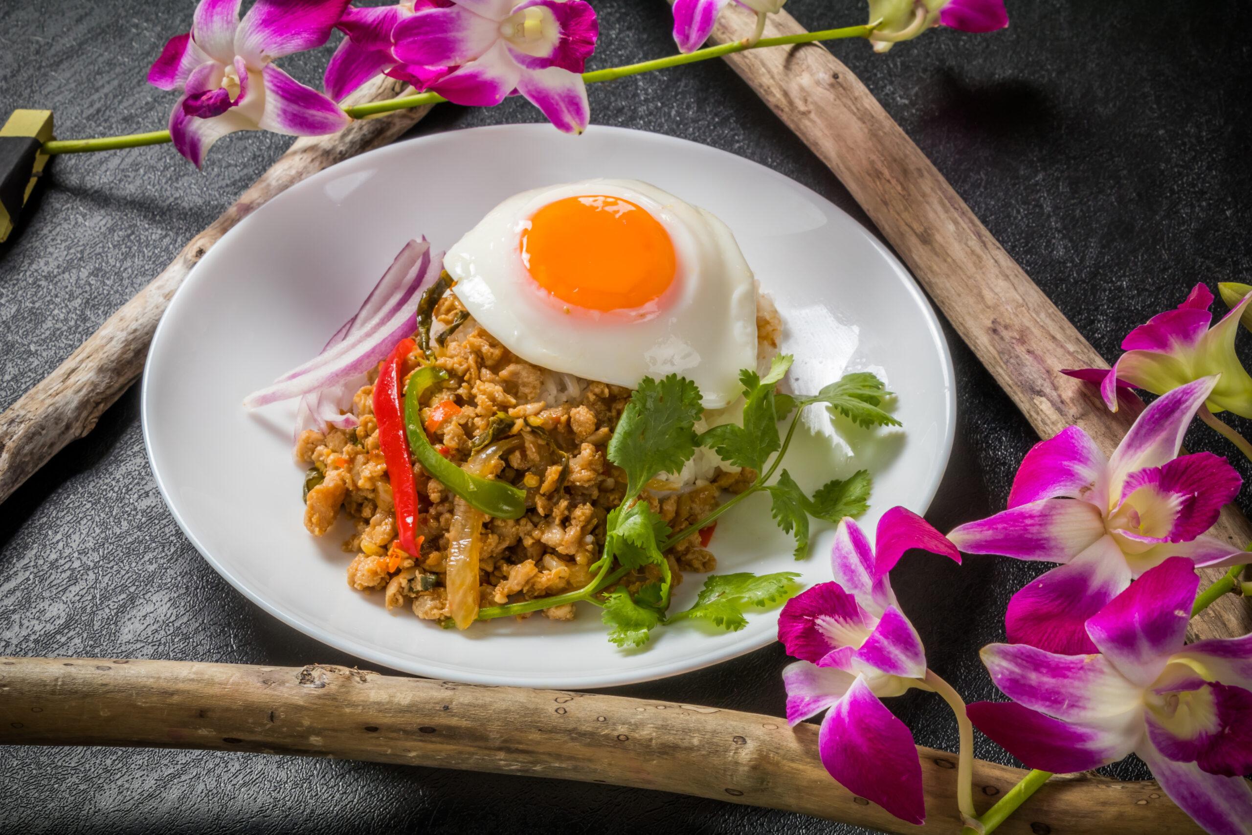 タイといえば、やっぱりガパオライス