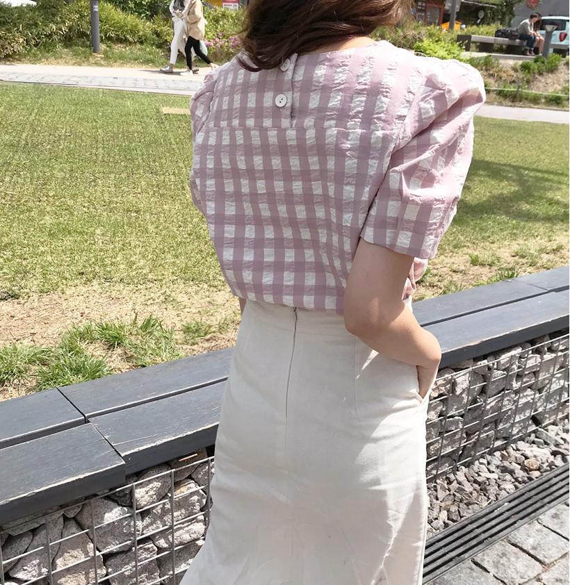 生理中でも、お気に入りの白い服を