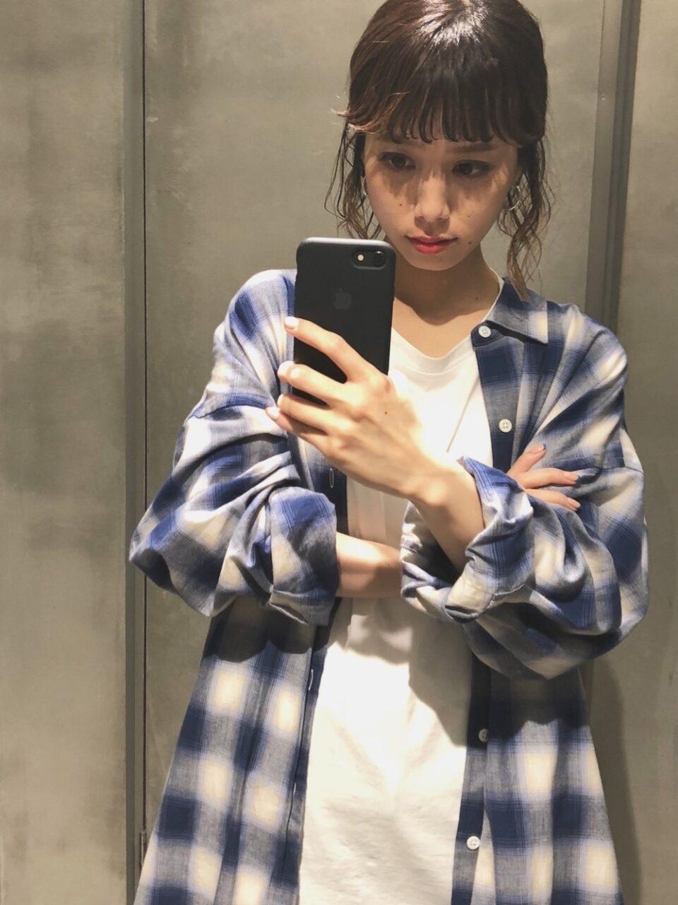 チェックシャツのコーデに困ってます。野暮ったいを卒業する、垢抜けスタイル20