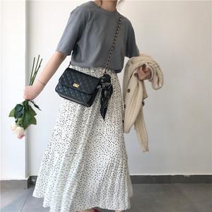 マキシ&ロングスカートをふわっとなびかせて♡季節別のコーデ18選をご紹介